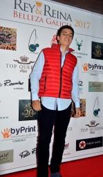 Nicolás, con ropa de Nottingham